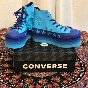 Converse Woman's Tennis Shoes Miley Cyrus